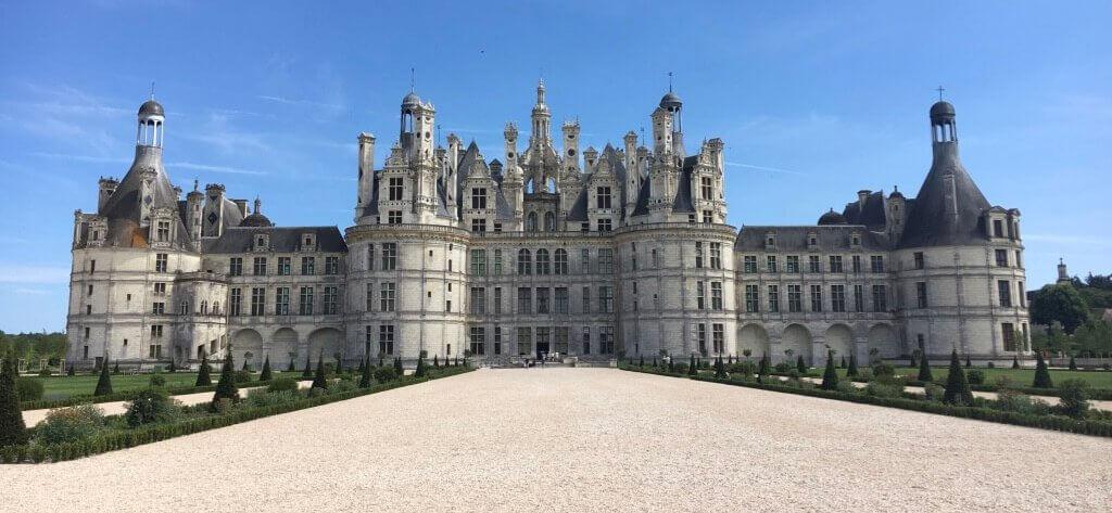 castle tour loire valley