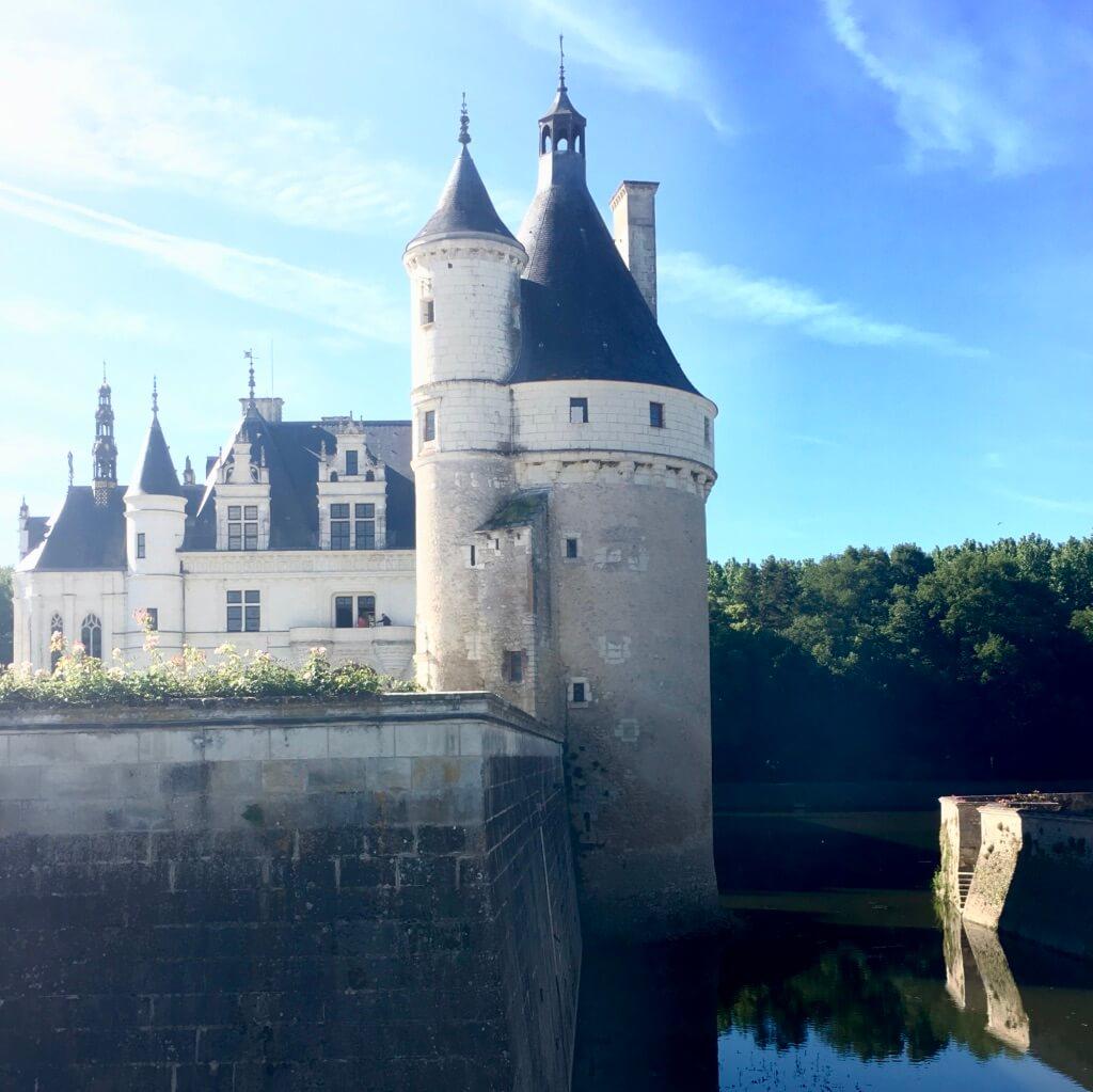 castle tour of the loire
